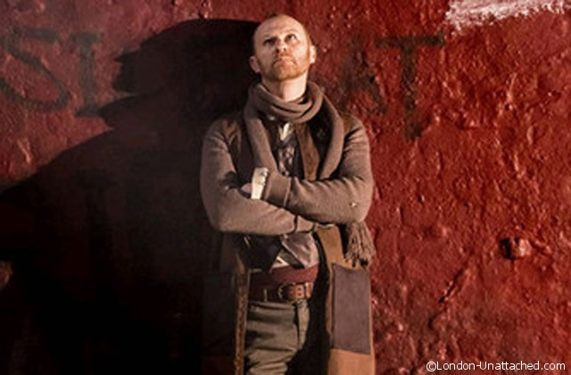 mark-gatiss-as-menenius-coriolanus-donmar-warehouse1