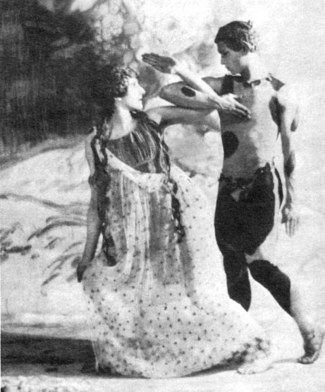 Nijinsky_faun_and_nymph_entwined