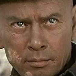 Yul-Brynner-as-the-The-Gunslinger-in-Westworld-1973-02-250x250